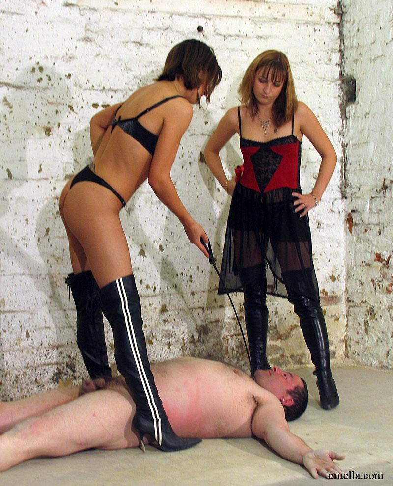 Gallery of femdom mistresses punishing male slaves 4