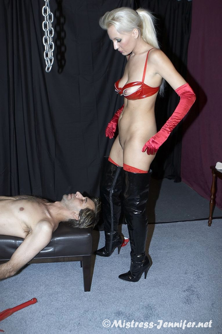 The mistress of the amateur and former student 4